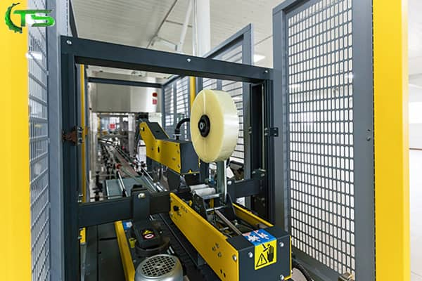 اهمیت استفاده از دستگاه تسمه کش در صنعت بسته بندی
